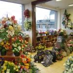 Composition florale artificielle deuil Aube