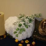 Composition florale artificielle deuil 51